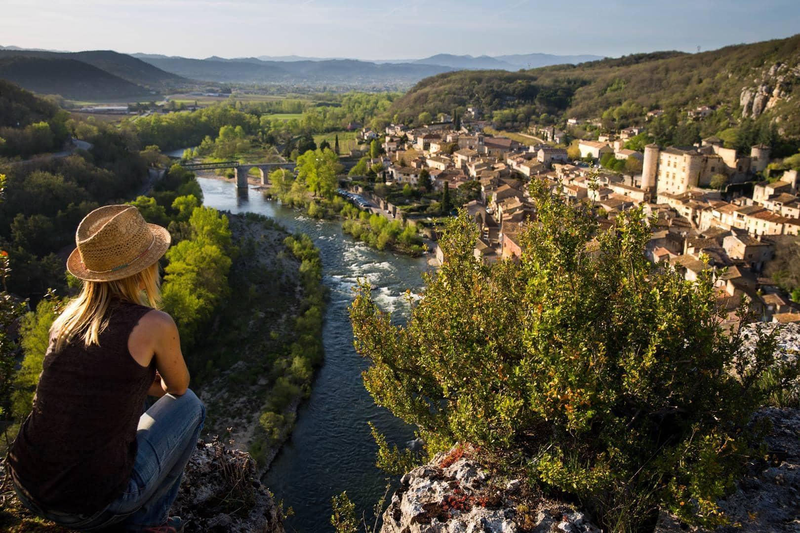 Vallon Pont d'Arc villages Ardèche